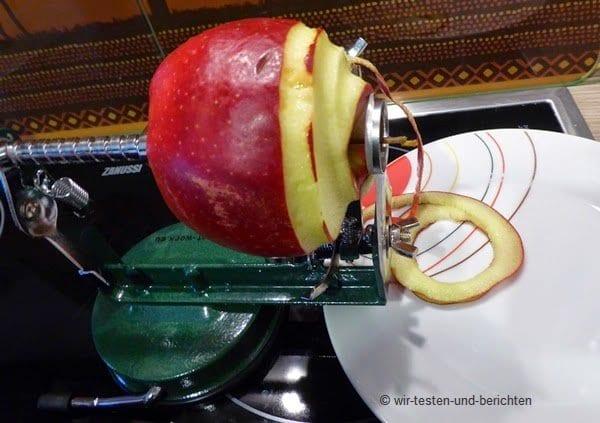 Eine Apfelschälmaschine ist ein Spaß für die ganze Familie 9