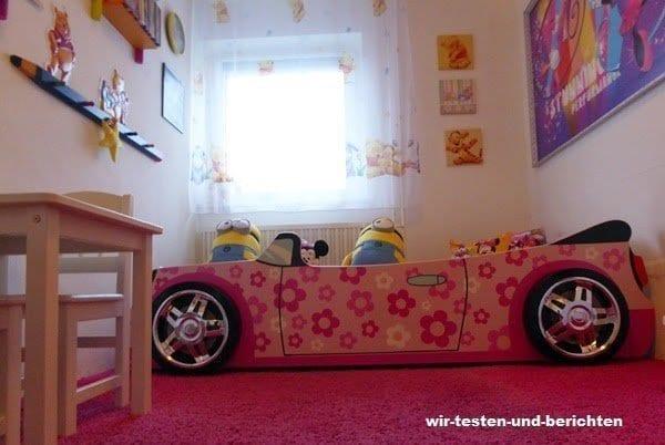 Leonies Autobett ist das Highlight im Kinderzimmer 3