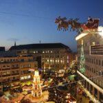 7576_8_Bochumer-Weihnacht-2014-Fliegender-Weihnachtsmann-Dr-Ruer-Platz-1