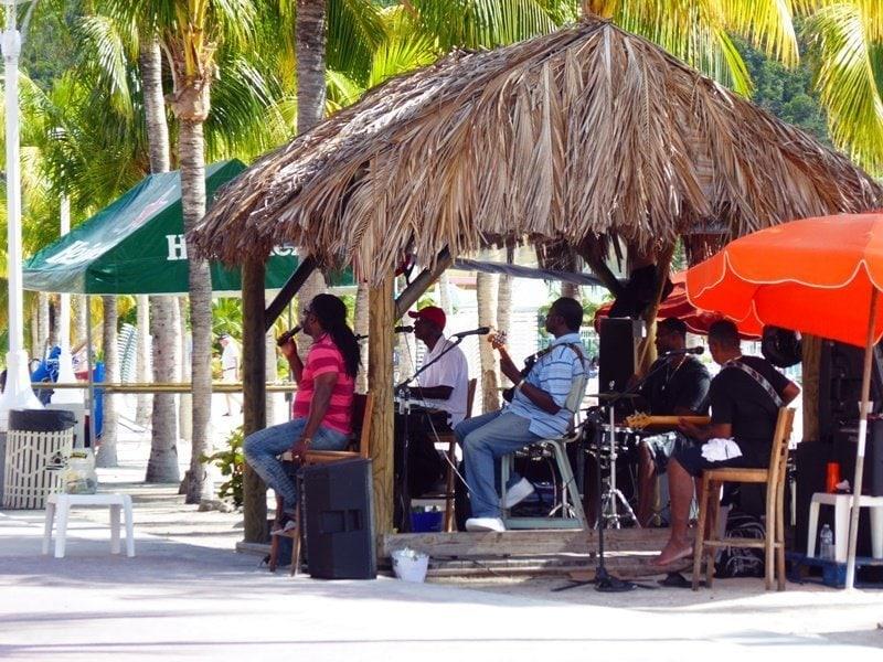 AIDA Karibik Kreuzfahrt: St. Maarten 3