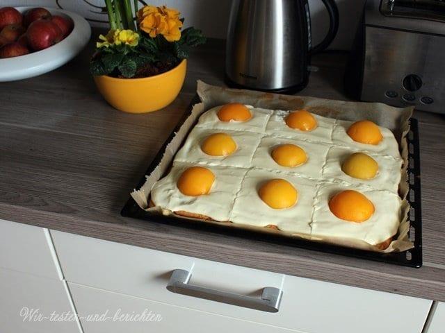 Spiegeleikuchen Rezept: Schneller Osterei Blechkuchen zu Ostern