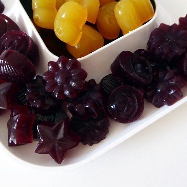 Süße Nascherei für Kinder: Fruchtige Geleebonbons selber machen 7