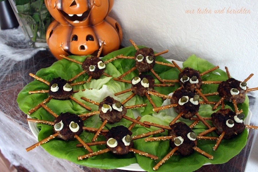 Halloween Fingerfood Frikadellen-Spinnen