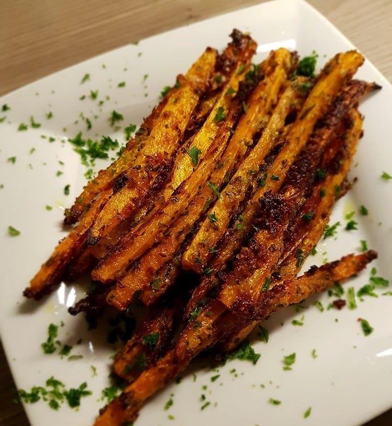 Rezept: Geröstete Parmesan Karottensticks 13
