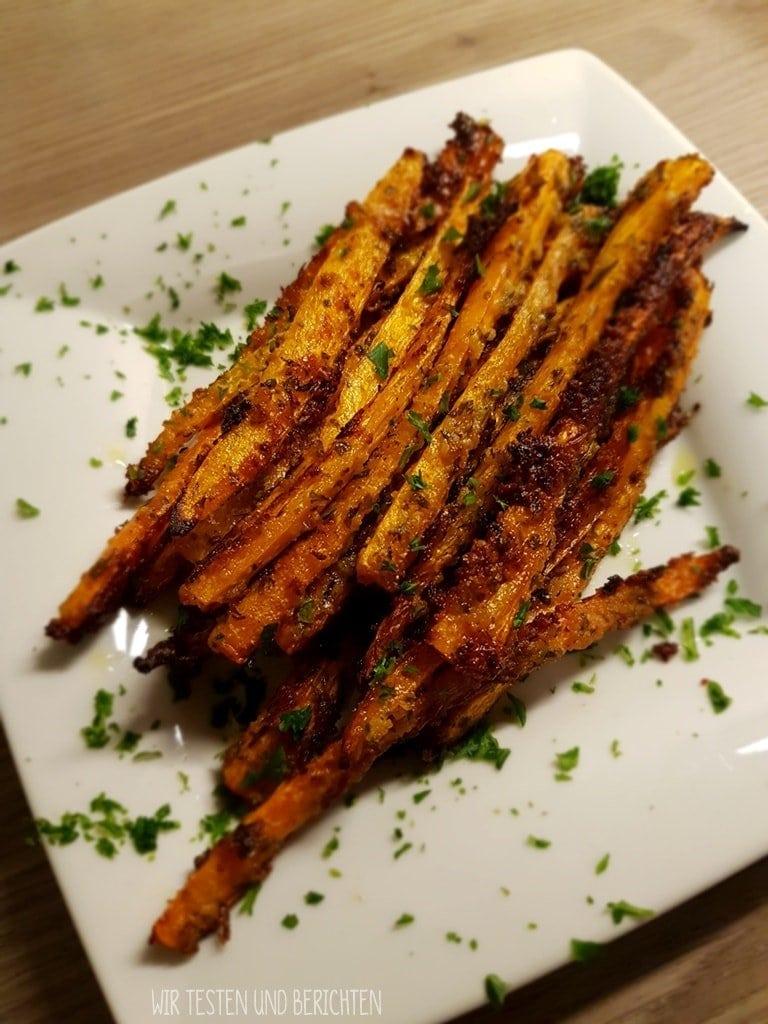 Geröstete Parmesan Knoblauch Karottensticks