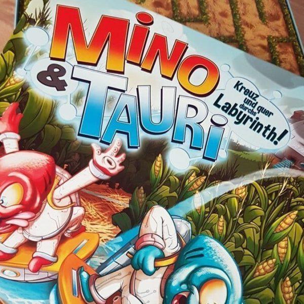 Mino & Tauri: Wenn Aliens mit dem Raumschiff im Maisfeld abstürzen 7