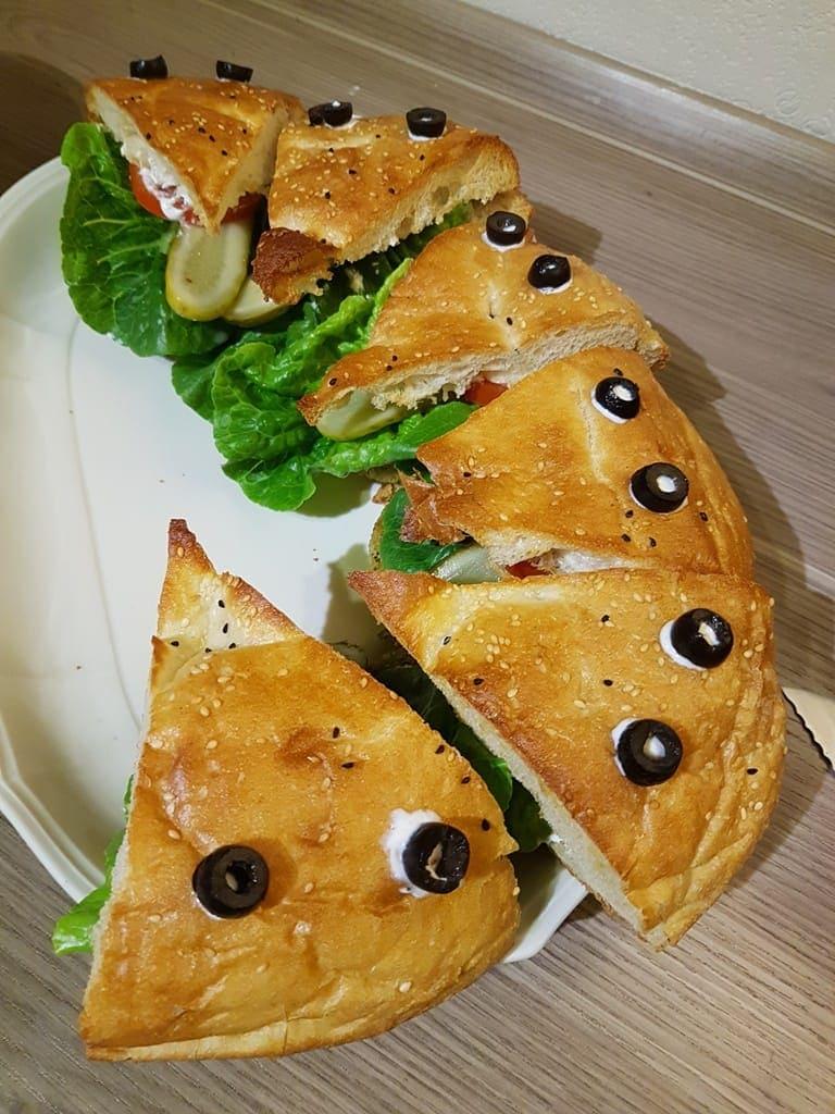 doener-krokodil-mit-falafel-2-min