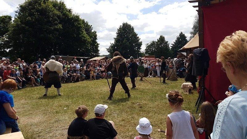 Unterhaltungsprogramm auf einem Ritterfest in Witten
