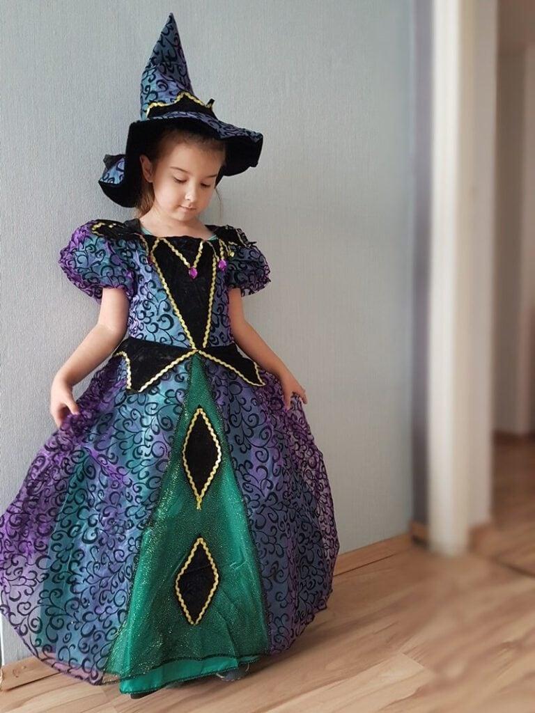Kinder Halloweenparty in Bildern