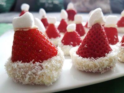 Rezept: Erdbeer Nikolausmütze Weihnachten Dessert
