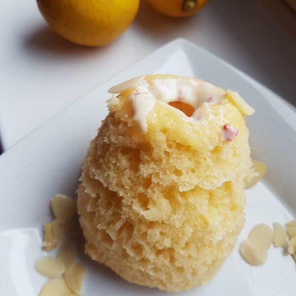Zitronen-Tassenkuchen Rezept Mug Cake Zitrone-Mandel