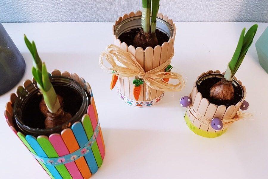 Bastelanleitung für Blumentopf aus Dosen und Eisstäbchen