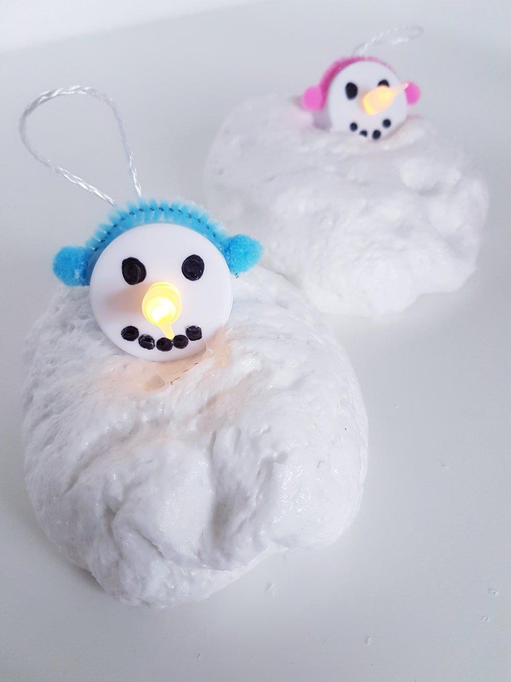 Snow Slime DIY Anleitung: Rezept für fluffigen Schnee Schleim 6