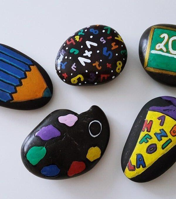Einschulung Deko Idee Gastgeschenk Steine bemalen