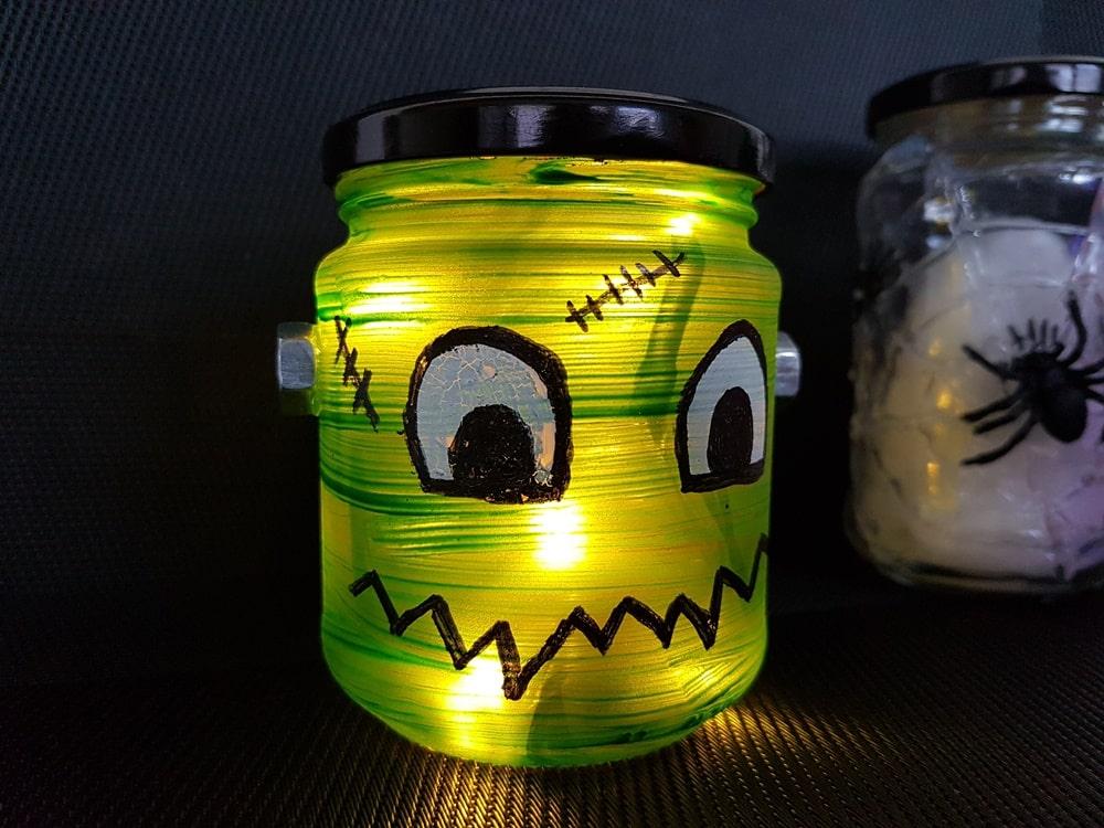 Halloween Windlicht Frankensteins Monster basteln