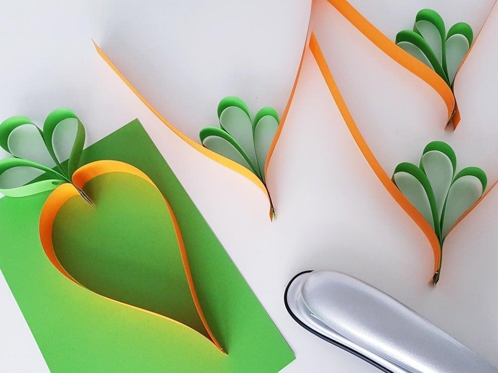 Karotten-Girlande basteln Kinder